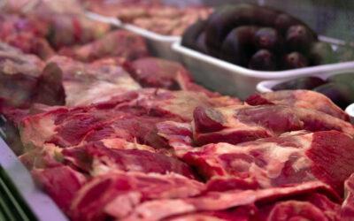 Carne: ¿Por qué cae el consumo y siguen aumentando los precios?